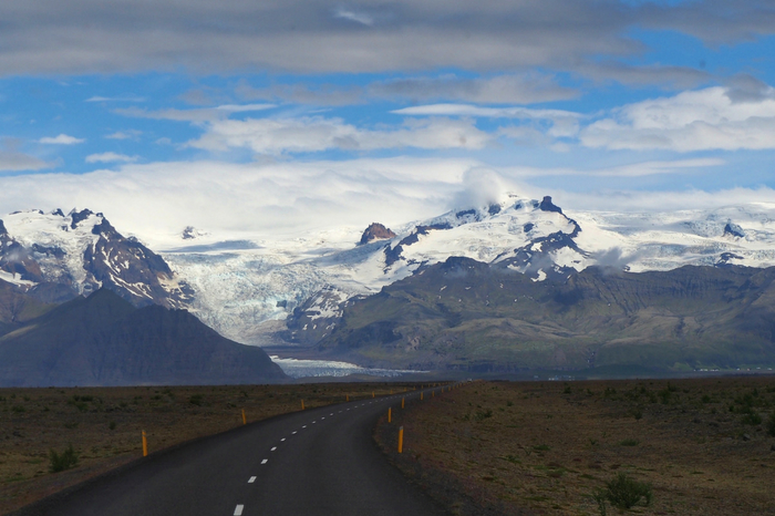 3 unforgettable road trips to add to your travel bucket list