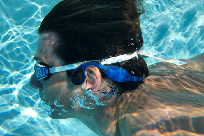 The Zygo Solo uses bone conducting tech to allow high-quality audio underwater