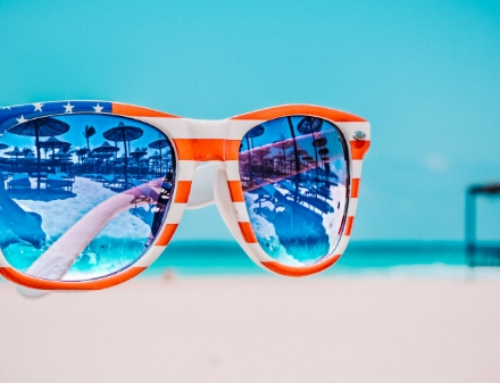 Shades of Summer: Luxury Beach Accessories for a Day by the Sea