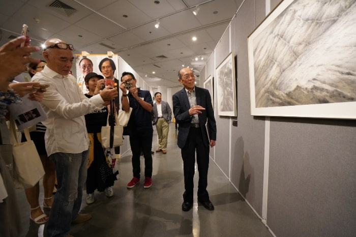 Mr Wucius Wong introduces Hong Kong Waters Korean Mountains exhibition