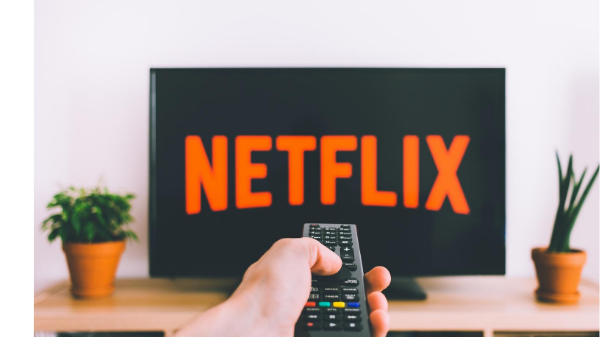 5 binge worthy netflix shows that will make you smarter_gefencu_feature