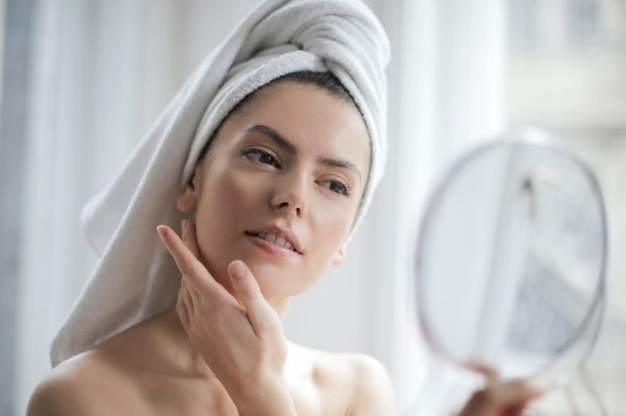 gafencu blue light damages the skin how to prevent it skin care