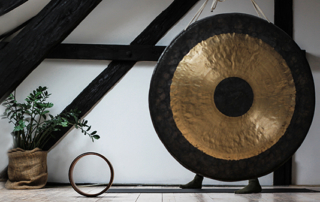 Good Vibrations How gong baths reduces stress and heals the body gafencu magazine (4)