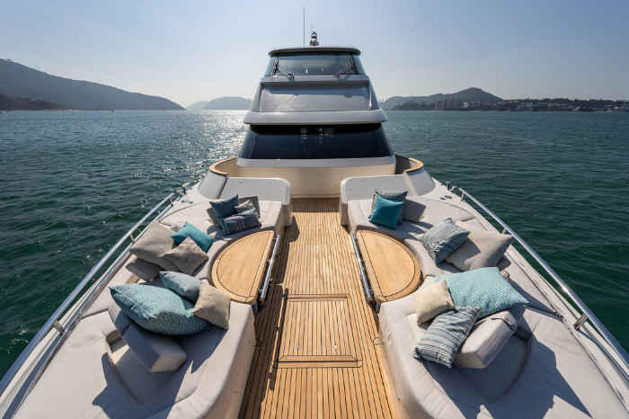 Introducing Monte Carlo Yacht's new MCY 70 Skylounge gafencu magazine dual lounge front bow
