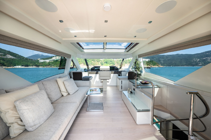 Introducing Monte Carlo Yacht's new MCY 70 Skylounge gafencu magazine enclosed flydeck