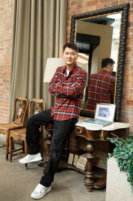 gafencu magazine people interview Far Sighted Jeffery Yau, visionary founder of Puyi Optical, celebrates the brand's 20th anniversary 5