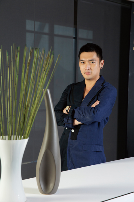 Gafencu Magazine interview people Jimmy Yu Founder and CEO of Royal Catering China Royal Food Culture Smile With Us Scotts Fish and Chips dolce & gabbana