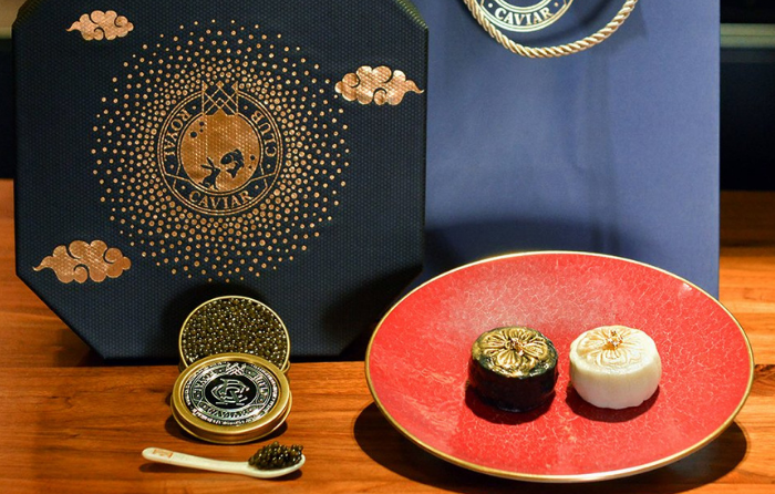 the royal caviar club unique mooncake for mid autumn festival 2021 gafencu dining